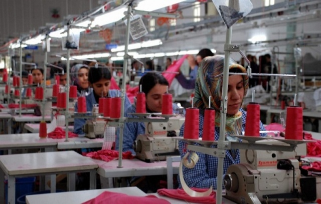 tekstil kadin isci